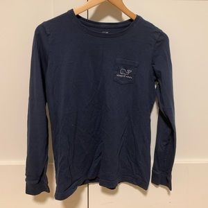 blue vineyard vines long sleeve with pocket